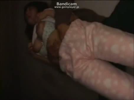 女子寮に忍び込み乳首ビンビンの巨乳ちゃんを犯すwww