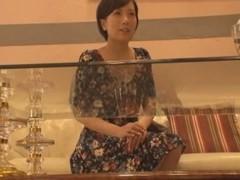 羞恥なスケスケ施術着で興奮しちゃった巨乳な人妻がタイ古式マッサージでイっちゃう
