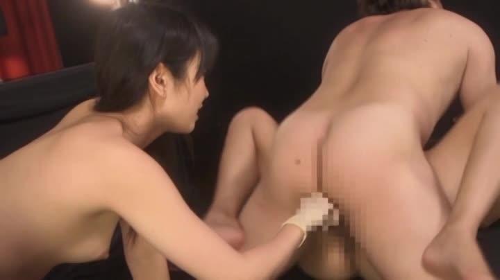 【友田彩也香】痴女お姉さんに馬乗りになられて淫靡な言葉で責められ乳首攻撃に絶頂