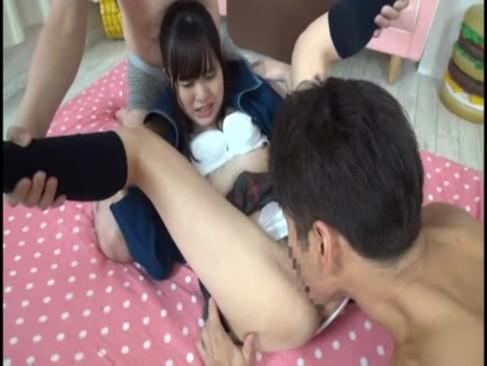 激カワ女子校生の森山茜ちゃんと3Pしちゃいました!