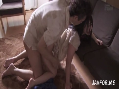 脱獄者に侵入されレイプされてイマラチオ調教される巨乳妻