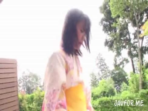 かわいいロリ美少女加賀美シュナが入浴中にエロモード突入し…