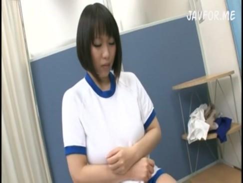 前田優希がクリニックでやおっぱいを揉まれ乱れヤられる