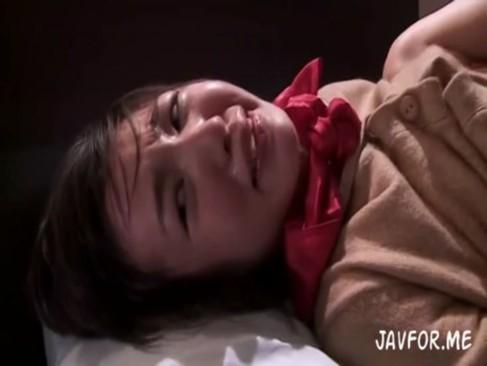 ショートカット美女JKが強姦魔にイラマチオ&セックスさせられる。