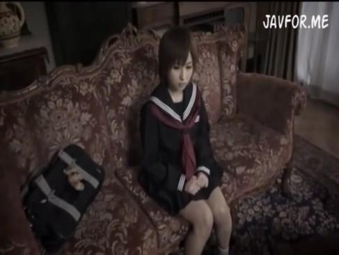 親に借金返済の為に売られたショートカットの美少女JKが凌辱性奴隷として調教される!