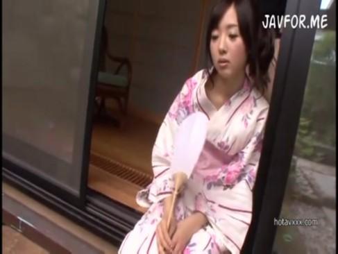 和服の美少女が着物乱してハメまくりこれこそまさしく日本の美[3]