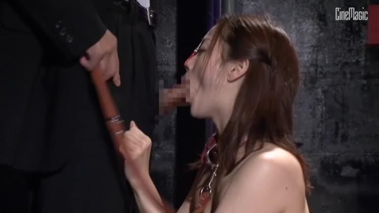 調教された美人な牝奴隷の品評会で公開中出しセックス!