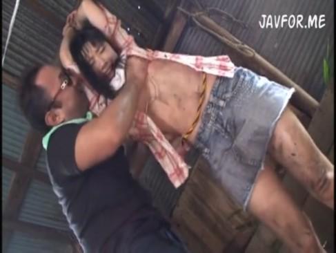 ストーカーが美少女を拉致拘束&監禁して中出しガチレイプする鬼畜動画[3]