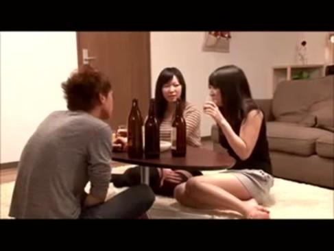【巨にゅう動画】彼女より彼女の友達のほうが可愛くて手をだすダメ男な彼氏w春原未来