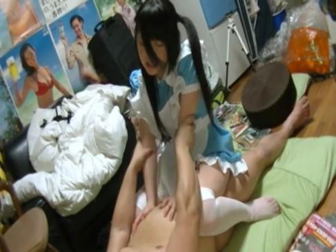 メイドがドMなのをいい事に肉棒挿入ハメ撮りして膣奥にザーメン注入する鬼畜主人