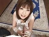 巨乳人妻の浜崎りおが夫チンポをパイズリ&ご奉仕フェラ!