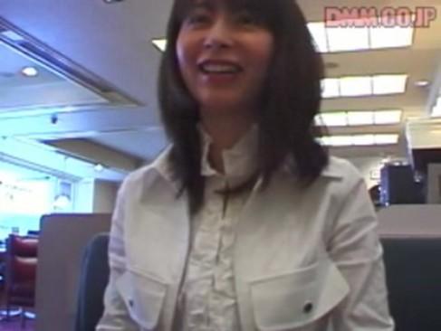 素人動画:カワイイ店員さんと面接してそのままホテルに直行w