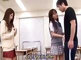 「このチンポで遊んじゃおっか」告白拒否られた美少女JKが逆ギレ逆レイプしてきて教室3P!?