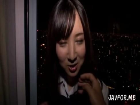 女子校生な彼女と制服のままラブホでハメ撮り個人撮影した映像
