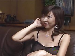 綺麗系の奥様の顔が精子まみれに!顔から妊娠するんじゃねぇか?