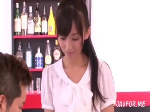 メガネの美女の調教無料jyukujyo動画。       【マゾ願望があるM女が調教されて快楽に酔いしれる】メガネ美女の女子高校生にコスプレした人妻