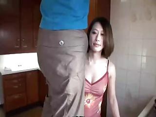 妖艶の巨乳若妻が息子の肉棒に発情して近親相姦!
