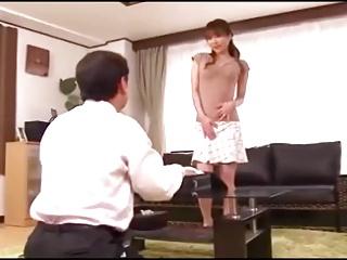 下着の訪問販売で試着し誘惑する巨乳人妻の手コキフェラ抜き