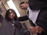 満員バスの車内で痴女JKに逆痴漢されて中出しハメに発展!