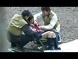 キャンプ場でJK制服コスして遊んでたら釣り人たちに強引に襲われ3Pセックス始まっちゃうw
