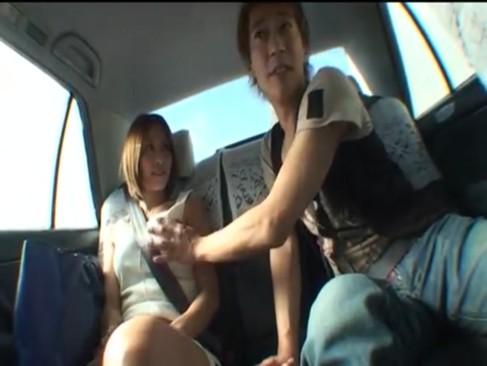 「ここで‥しょ?」発情したら店内だろうと車内だろうとチンポ求める変態痴女朝日奈あかりと露出ファック!