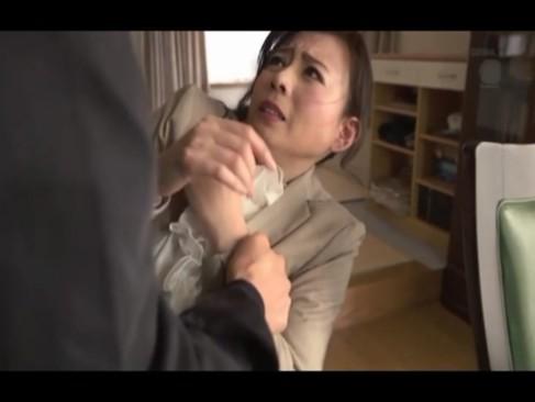 熟女動画:三浦恵理子