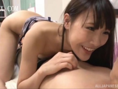 フェロモンたっぷりに誘惑されるがままセックス!
