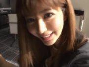 スレンダー巨乳美女とホテルで一日中ハメ→目覚めのおはよう手コキフェラまで!