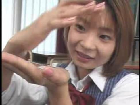【ザーメンまみれアニメ動画】ロリロリJKが大量ザーメンまみれになって満面の笑みw