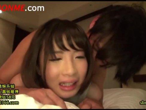 【美少女】清純系のスリム美女をホテルでガチハメ!激しいピストンに涙流して痙攣絶頂!