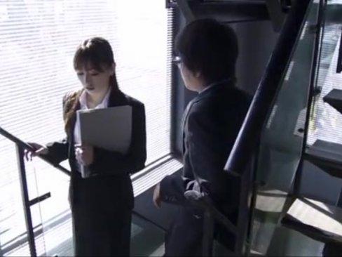 美人過ぎるOL灘ジュンちゃんが社内凌辱!婚約者の目の前でガチレイプ!