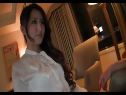 ホテルでオナニーさせられパコられる綺麗すぎる素人妻の神ハメ撮り