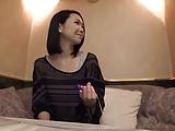 素人の電マエロ動画無料。電マで苦悩のアヘ顔見せる素人ハメ撮りwww
