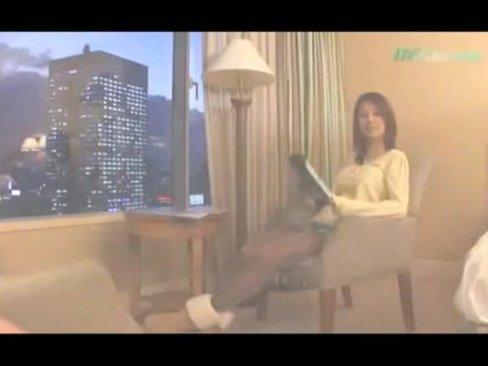 【ギャルエロ動画】夜景の綺麗なホテルで素人ギャルと中出しセックス