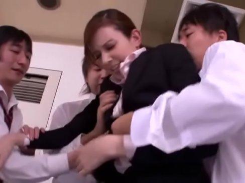 男子校正たちに大量ぶっかけされまくりのハーフ系教師水咲ローラ