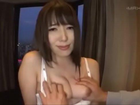 スイートルームでS級美女と主観生ハメSEX→「イク逝く」連呼