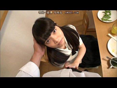 【美少女】童顔美少女椎奈さらがフェラで射精のお手伝い!