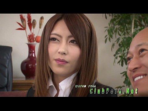 桜井あゆがピンサロ店員になり客の精子を絞りとるw