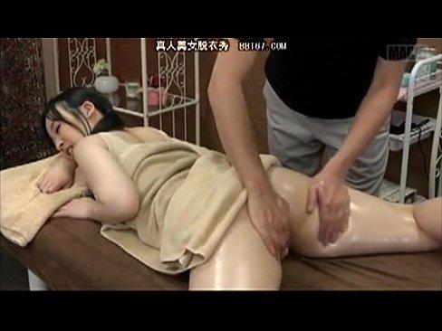 中国から仕入れた媚薬オイルで素人若妻にマッサージしたところ効果てき面!www