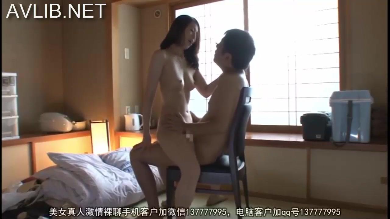 【夫婦 不倫】淫乱なエロい巨乳の夫婦の不倫プレイ動画!!【エロまとめ動画モンモン】