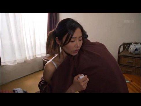 ボロアパートに住む気弱な夢見るお姉さんが住人たちから寄ってたかって犯される
