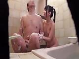 変態親父とロリ娘の風呂パコを隠し撮り