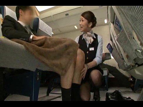 【パンスト】VIP席専用の機内サービスが話題!お客様よりご要望あれば即手コキしてくれるエアライン