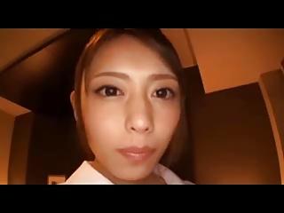【桜井あゆ】ケツを突き出してフェラチオ手コキするナースコス美女