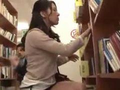 図書館で清楚な美人妻をレイプしてみましたw