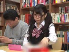 地味系眼鏡女子校生をレイプしたら敏感すぎて声でけえww