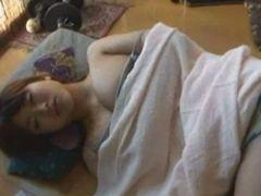 昼寝お姉さんのパンチラに欲情してハメた弟の近親相姦