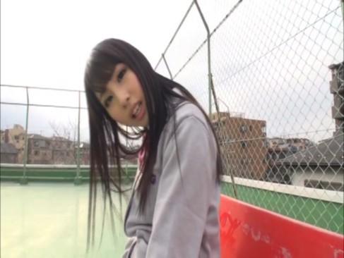 「私が舐めてあげょっか?」痴女JKあやみ旬果ちゃんが非常階段で生フェラ!!