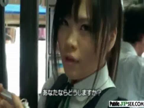 黒髪ポニテ巨乳JKがバスの中で鬼のようなレイプをされる