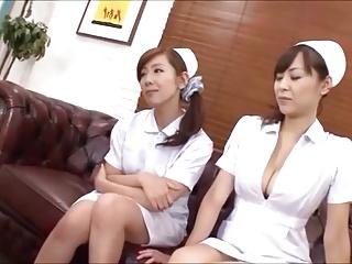 2人組みの痴女ナースが足コキしてくれる!